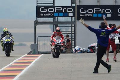 Dovi Sindir Rossi yang Abaikan Instruksi Timnya Untuk Ganti Motor