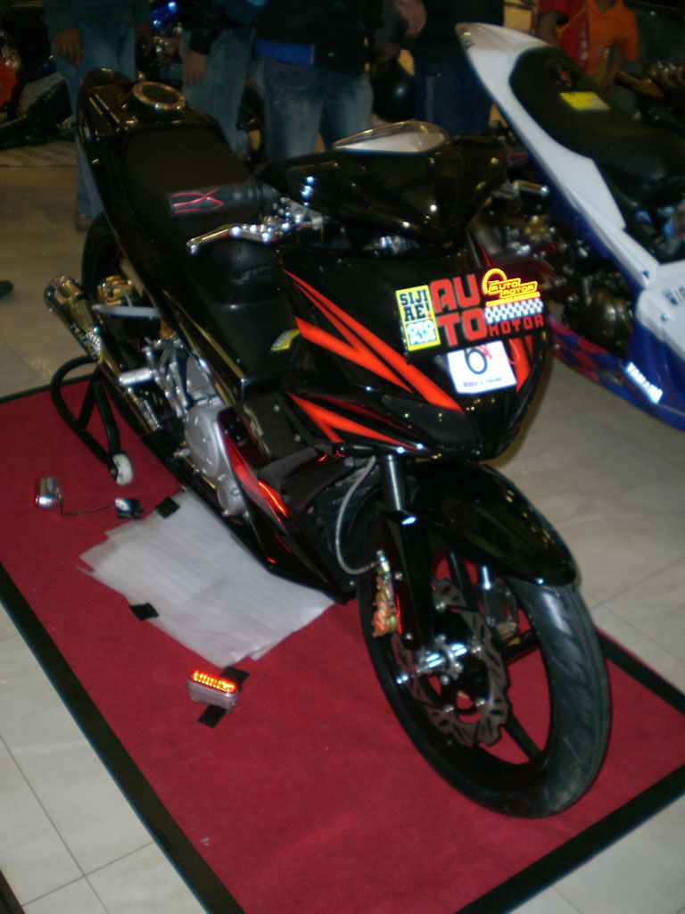 Yamaha SparkSniper135LC Jupiter MX Modification