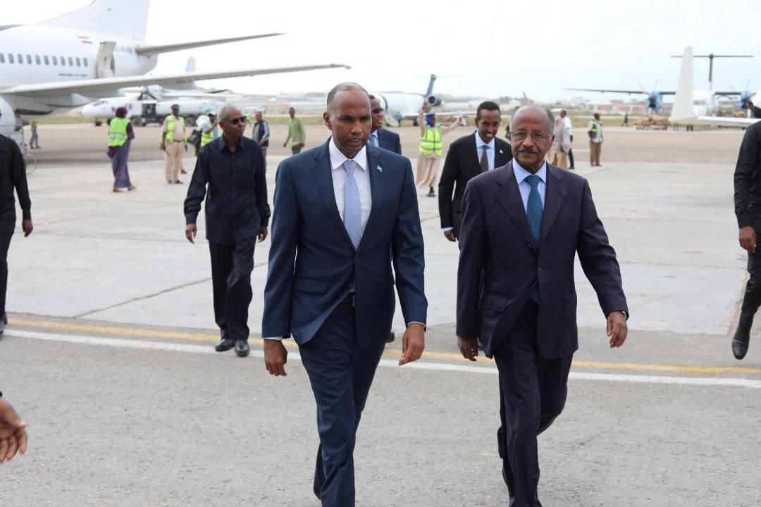 <Eritrean delegation arrives in Mogadishu for high level talks