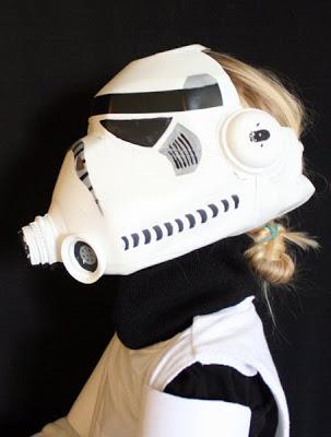 Como hacer un casco de Storm Trooper envase reciclado.