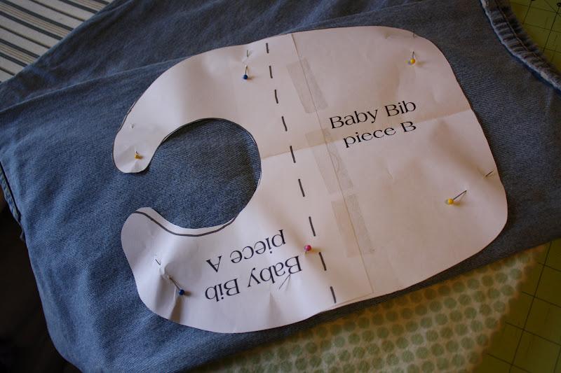 Grizz 'n' Dove: Letter-Applique Baby Bib