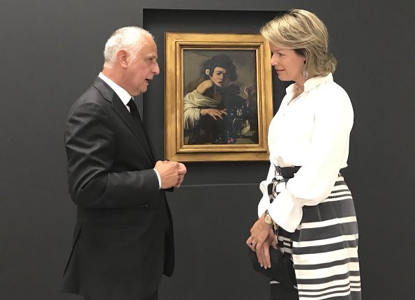 Queen Mathilde of Belgium visited 'Rubens: The Master Lives' exhibition held at the Peter Paul Rubens House in the Antwerp M HKA museum. Natan trousers