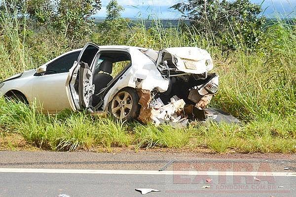 Ultrapassagem perigosa, termina em acidente brutal na BR 364 e três vítima!