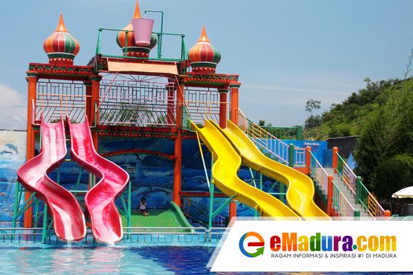 Wisata ke Water Park Sumekar di Sumenep Yuk !
