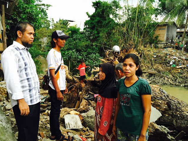 Ketua DPD PKS Kota Medan Kunjungi Korban Pohon Tumbang di Kampung Aur