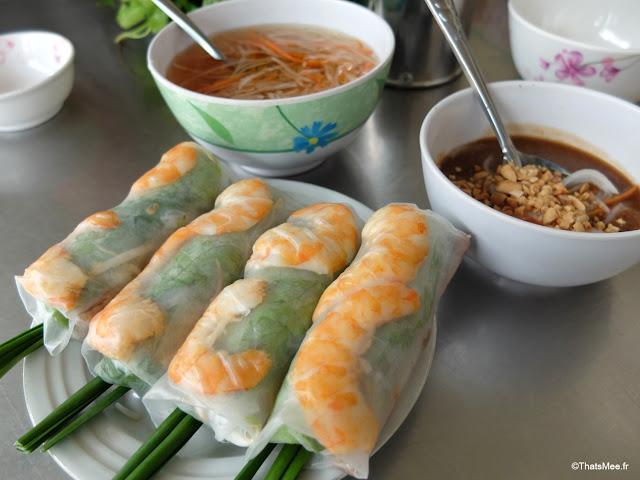 banh xeo 46 a saigon ho chi minh ville city vietnam galette riz curcuma fourrées rouleaux printems