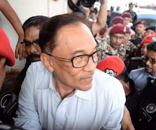In address to court, Anwar pleads for judge to allow sodomy conviction appeal