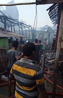 <b>Sejumlah Rumah di Lingkungan Sarae Terbakar, Wawali Langsung Tinjau Lokasi</b>