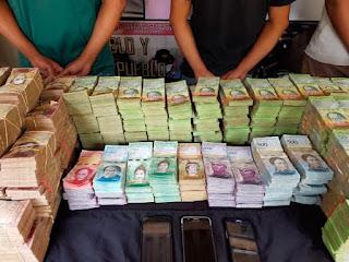 Cómo hacerse rico vendiendo efectivo en La Bandera