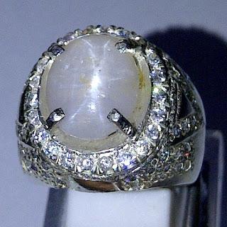 Batu Permata White Saphire Star Ceylon