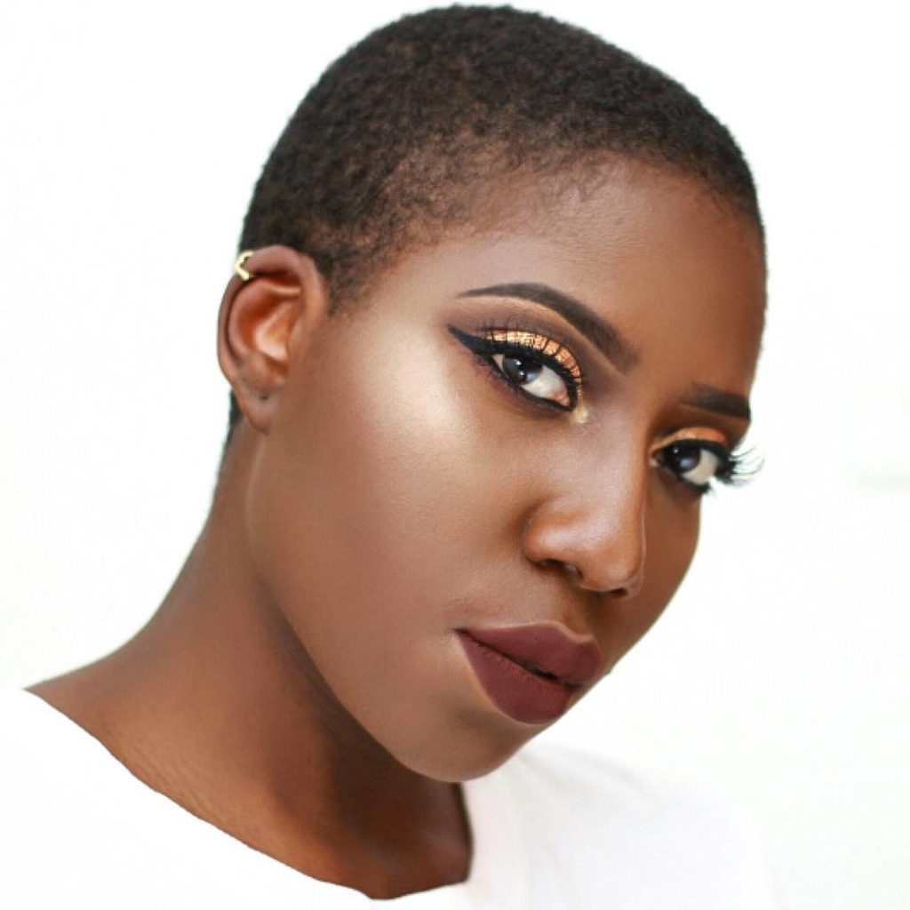 Beauty Blogger, Omoshalewa / instagram: @themakeuptales