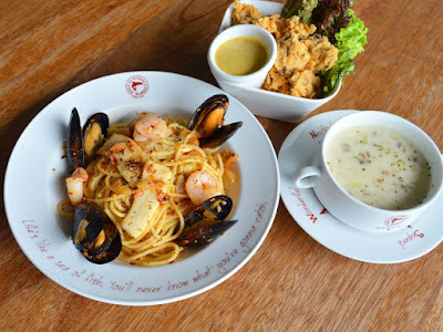 The Manhattan FISH MARKET Spicy Seafood Olio Free Main Course Discount Promo