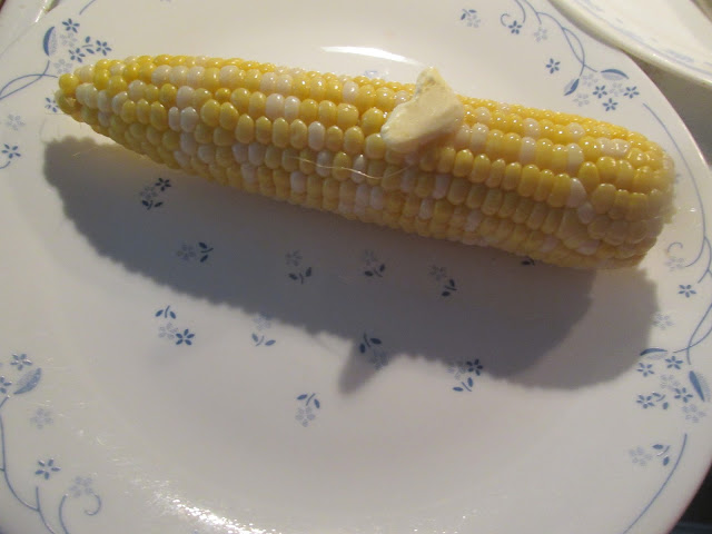 Fresh corn from the Microwave sounds so easy!  Vickie's Kitchen and Garden