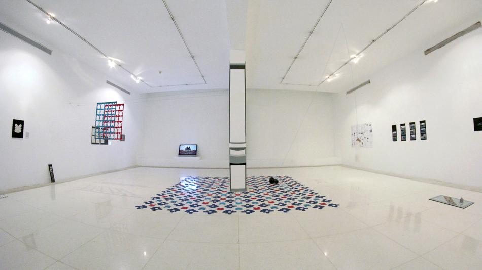 Vista de sala de la exposición Memoria a escala presentada en el Museo de Arte Valencia