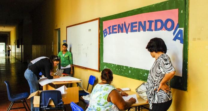 2.8 millones de alumnos regresan hoy a las aulas