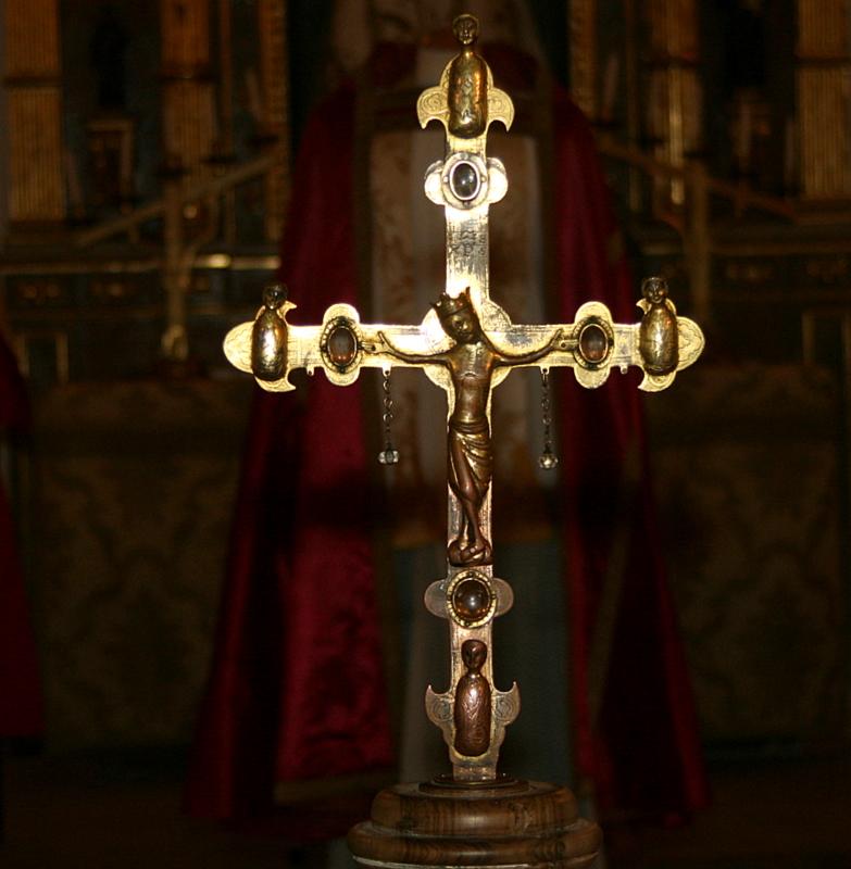 Resultado de imagen de crucifijo de carlos v