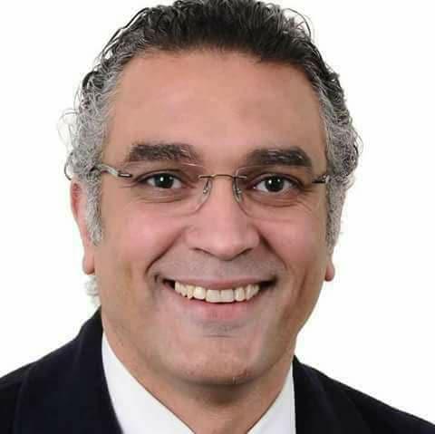وزارة الصحة تكافئ طبيب مصرى أجرى عملية توصيل زراع مقطوع لمريض بغلق الستشفى