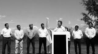 """Algunos le llaman """"la guerra del litio"""". Otros prefieren hablar de una nueva etapa de reinserción de la Argentina en el mundo. Más allá de los eufemismos, en las últimas semanas se potenciaron las señales de inversores extranjeros para la para el desarrollo de proyectos mineros en Salta, Jujuy o Catamarca enfilados específicamente hacia un producto muy apreciado por la industria mundial: el litio."""