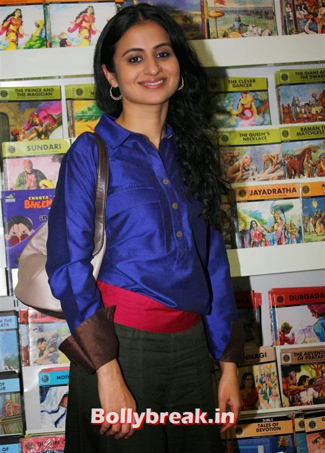 Rasika Duggal, Tisca Chopra Launches Her Book 'Acting Smart'