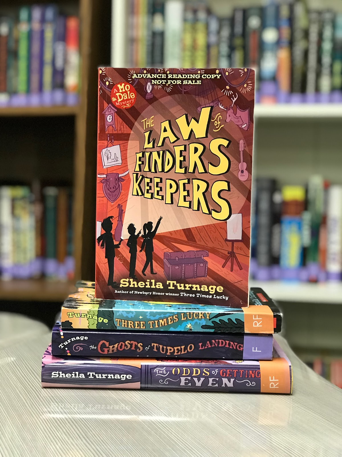 Mo dale series the laws of finders keepers teachers who read in case you havent had a chance to read any of these wonderful books in the series here is the goodreads synopsis for the law of finders keepers fandeluxe Images