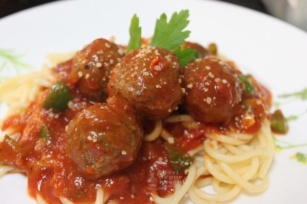 Dari Dapur Kecah Spagheti Meatball