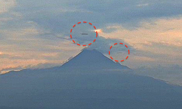 UFO News ~ Two 500 Meter UFOs Seen On Live Cam Over Colima Volcano, Mexico and MORE Mexico%252C%2BColima%252C%2BVolcano%252C%2Bhanger%252C%2Bsphinx%252C%2BMoon%252C%2Bsun%252C%2BAztec%252C%2BMayan%252C%2Bvolcano%252C%2BBigelow%2BAerospace%252C%2BUFO%252C%2BUFOs%252C%2Bsighting%252C%2Bsightings%252C%2Balien%252C%2Bstation%252C%2B%252C%2Bplanet%2BX%252C%2Bspace%252C%2Btech%252C%2BDARPA%252C05111112