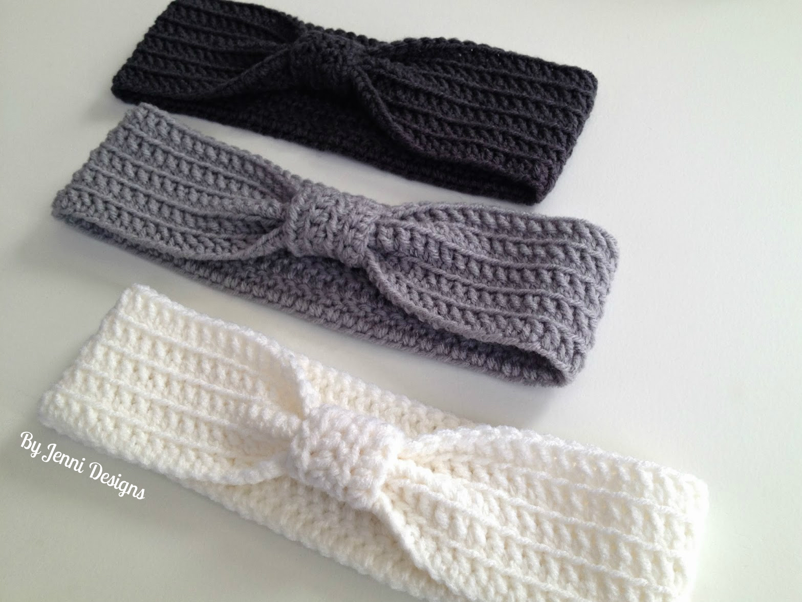 By Jenni Designs: Free Crochet Pattern: Bow Ear Warmer