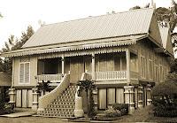 Keunikan-Sejarah-Rumah-Adat-Tradisional-Melayu-Belah-Bubung-Kepulauan-Riau