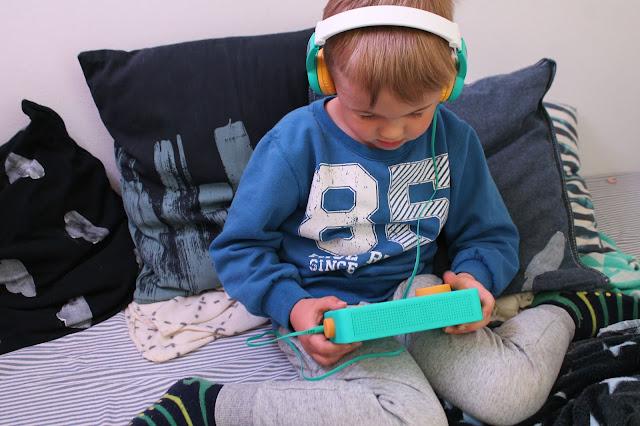 Hoerspiele fuer Kinder lunii box und tonie Box im Vergleich Jules kleines Freudenhaus
