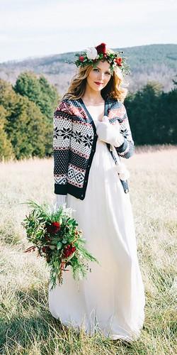 Zimowy ślub, okrycie wierzchnie Panny Młodej do ślubu, Zimowa Panna Młoda ubiór, organizacja ślubu i wesela zimą, Panna Młoda - futerka bolerka swetry