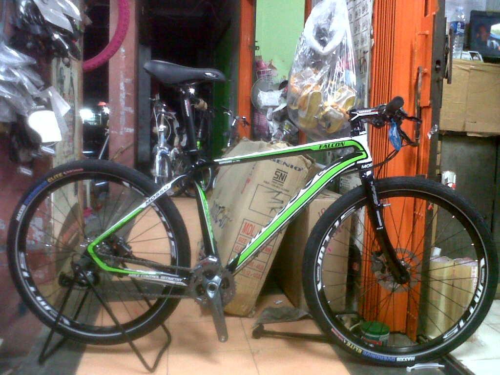Merakit Sepeda Mtb-Hardtail4