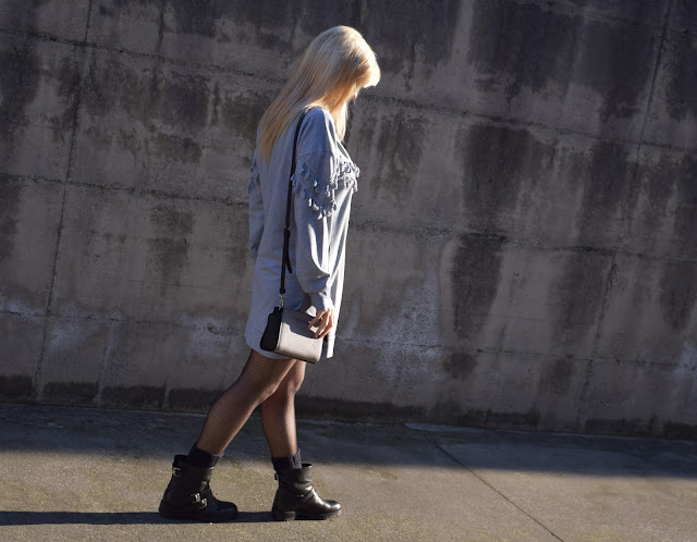 grey sweatshirt dress how to wear grey how to wear sweatshirt dress mariafelicia magno fashion blogger winter casual outfit italian web influencer color block by felym