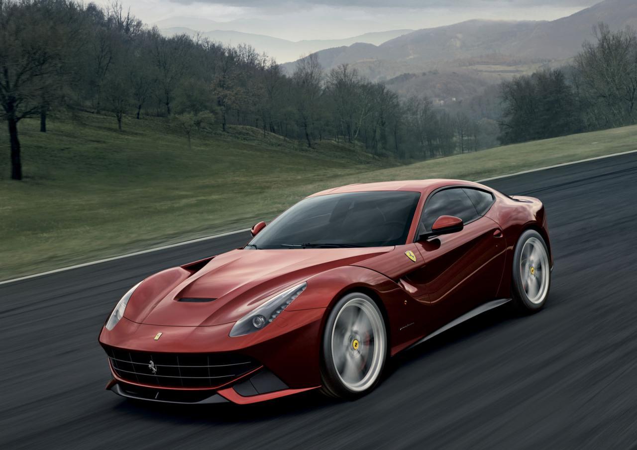 Amanti delle Supercar: Ferrari F12 Berlinetta v.s ...