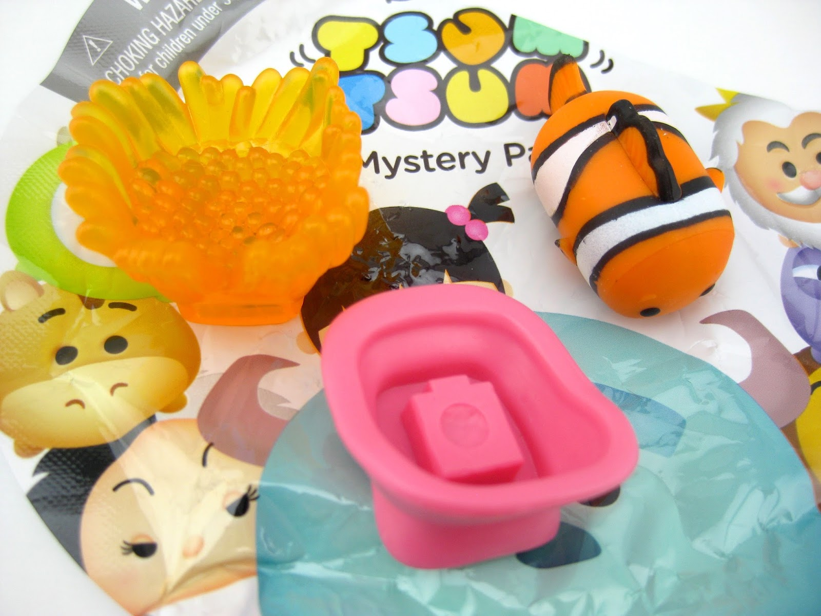 Disney Tsum Tsum Mystery Stack Packs by Jakks Pacific Series 5 nemo