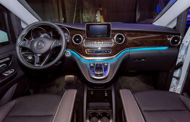 Mercedes V220 d AVANTGARDE được trang bị các tính năng hiện đại