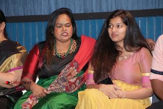 Yathumaki Nindraai Press Meet Stills  0018.jpg