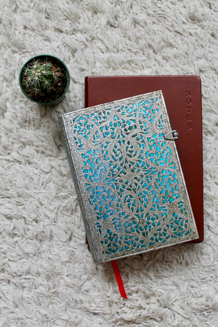 Stationary: notebooks, journals and calendars