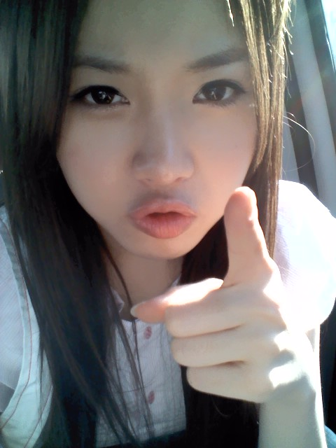 Pictures Girls Days Yura Shared 5 Cute Selcas On