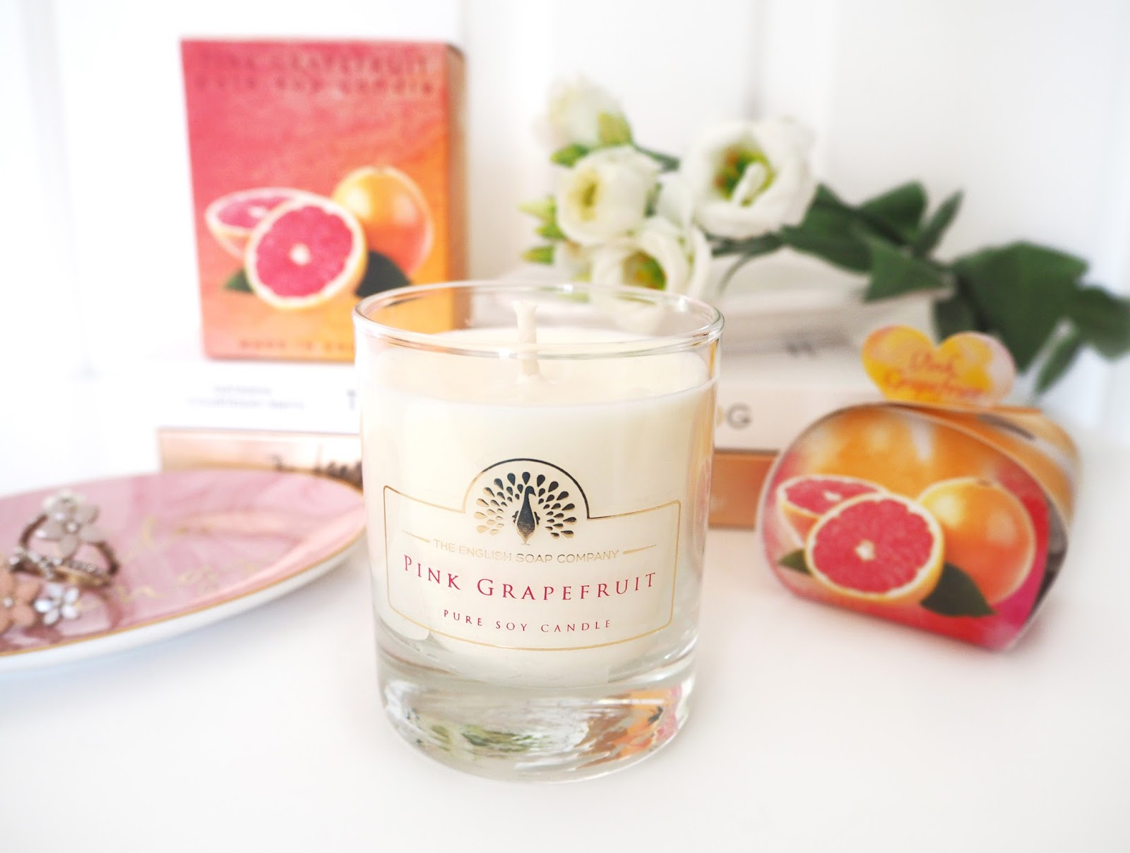 The English Soap Company Pink Grapefruit Collection, Katie Kirk Loves, Handmade Soaps, Candle Review, Handmade Candles, Handmade in the UK, Fragranced Candles, Handmade Gifts, UK Blogger, Beauty Blogger, Candle Blogger, Lifestyle Blogger