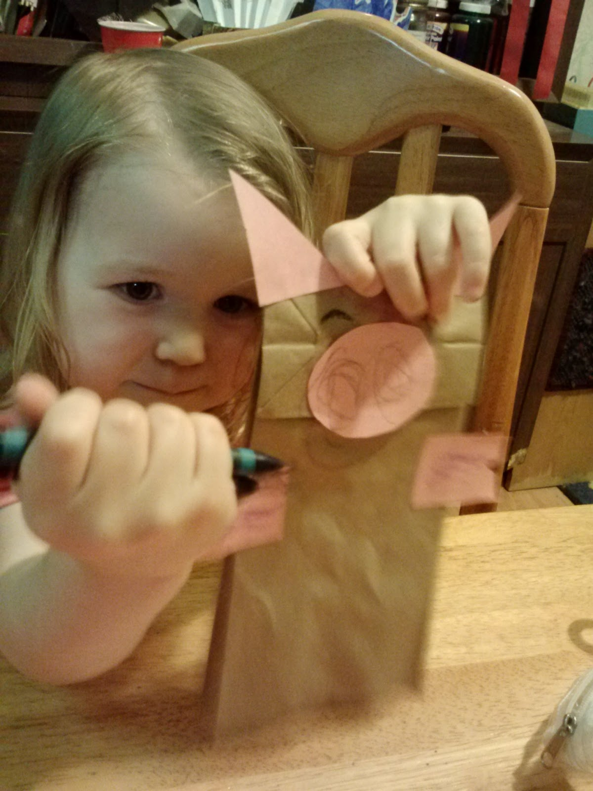 Art Mama Says Paper Pig Puppet