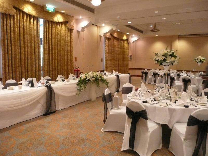 Interior Design Ideas: Wonderful Wedding Venue Decoration ...