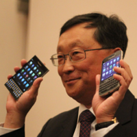 BlackBerry CEO unveils BlackBerry Passport and BlackBerry Classic