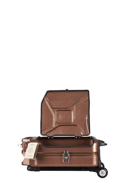 Jerrycan行李箱-1