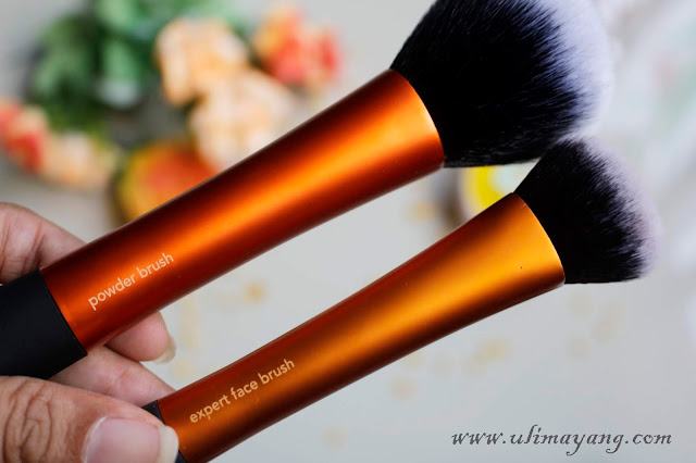 review-real-techniques-powder-brush-foundation-brush-bahasa-indonesia