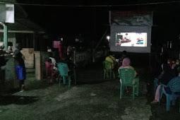 Satgas TMMD ke 108 Kodim Tidore Gelar Nonton Bareng dengan Masyarakat di Maba