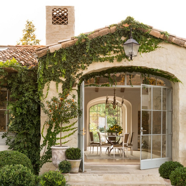 Decordemon: Charming House In Provence Style In California
