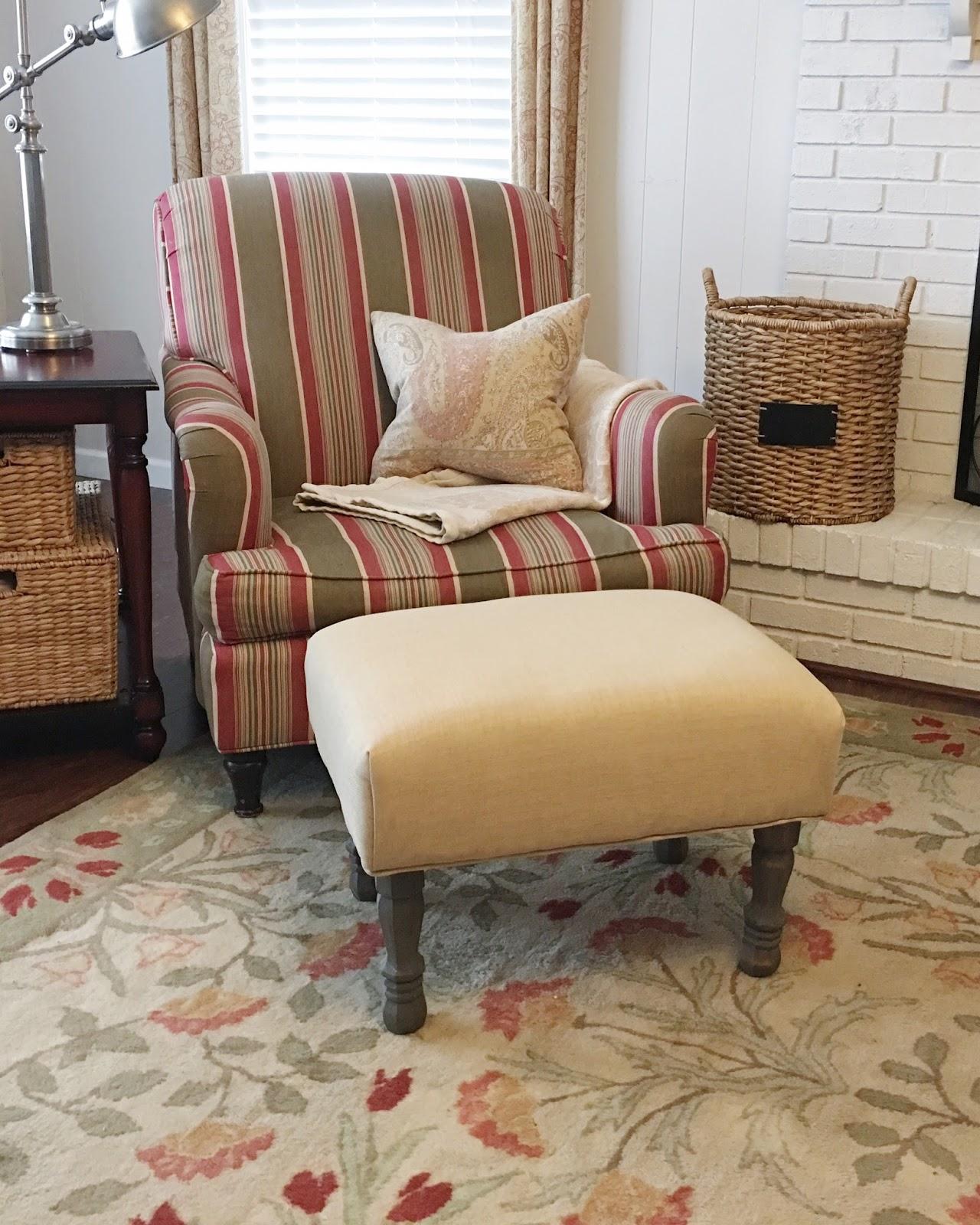 Build An Ottoman The Modest Homestead How To Make An Upholstered Ottoman