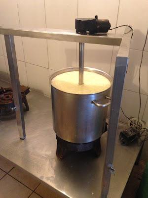 astuces en fromagerie, la laiterie de paris, blog fromage, blog fromage maison, tour du monde fromage, ferme de logodec, construire fromagerie