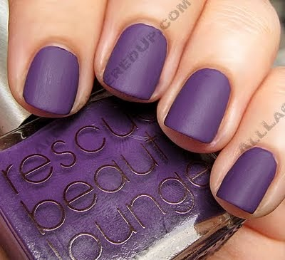 Wear Everyday Matte Nails With A Twist