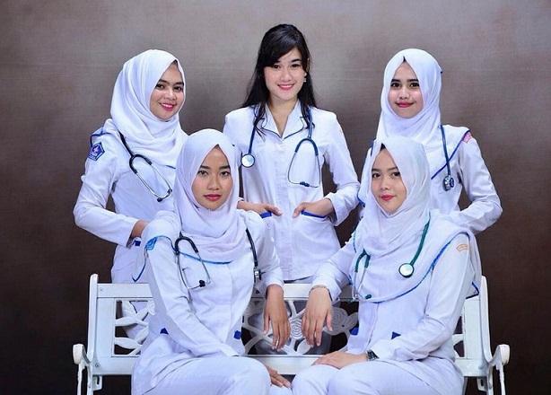 """800 Perawat Indonesia Jadi Petugas """"Cleaning Service"""" di Jepang (2)"""